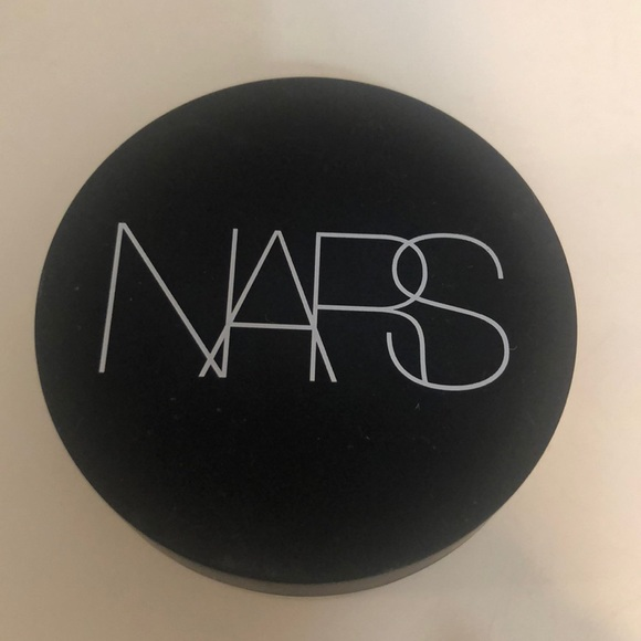 NARS loose powder